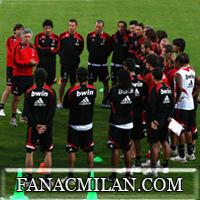 Официальные номера маек футболистов Милана. №7-свободен.10-ка всё ещё принадлежит Хонде.