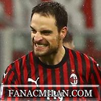 Бонавентура, Билья и Ибрагимович продлят контракт с Миланом до конца августа