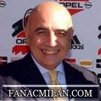 Галлиани: не просили Зеедорфа отдать 10-й номер Роналдиньо