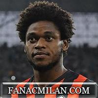 AC MILAN - Официально: Луис Адриано подписал контракт с Миланом