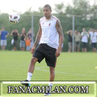 Агент Боатенга: Он не разорвал контракт с Шальке, игрок любит Милан, но до конца января он игрок немецкого клуба.