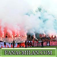 Curva Sud присутствует на сборе игроков в Миланелло (Фото, видео)